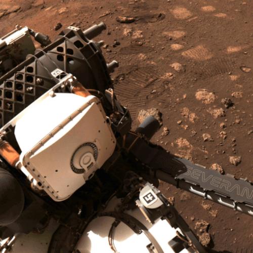 """Perseverance: cómo fue el primer """"paseo"""" del robot de la NASA en Marte"""